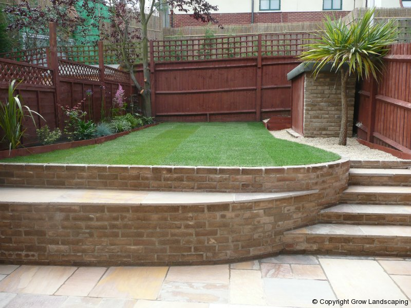Stylish terraced garden grow landscaping for Terrace garden images